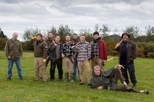 Novo reality do History acompanha homens tentando sobreviver no meio da floresta