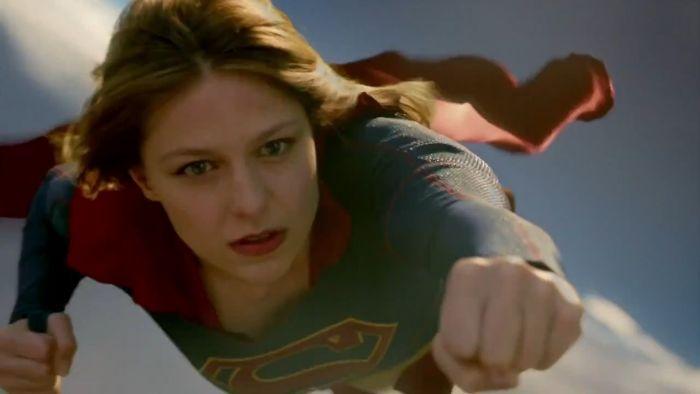 cbs-oficializa-temporada-completa-para-a-serie-supergirl